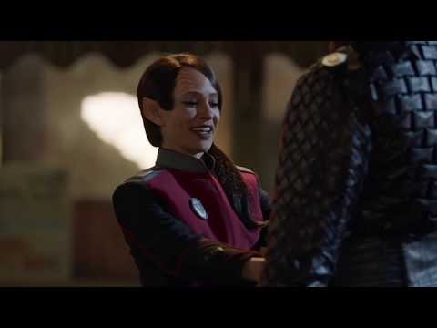the orville season 2 episode 7 Keyali gives Locar a brief lesson on Human dancing