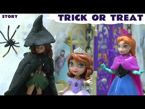 Princess - Disney Frozen Queen Elsa and Princess Anna visit Princesses Sofia and Amber. A Fairy Witch with Play Doh Halloween Costume visits the Princesses and plays Trick Or Treat on them. Queen Elsa...