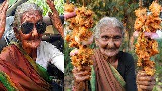 La YouTuber Più Vecchia Del Mondo è un'anziana signora di 106 anni che vive in India, il suo canale è questo:https://www.youtube.com/channel/UCKEPJo5eTHbKDgHxvUSR9Jw⚫ ISCRIVITI AL CANALE: http://www.youtube.com/channel/UCoTH6BZK6usOmuxeTDATF7w?sub_confirmation=1⚫  Instagram: https://www.instagram.com/cloud.tube⚫  Profilo FB: https://www.facebook.com/profile.php?id=100011346743717⚫  Pagina Facebook: https://www.facebook.com/cloudthegamer⚫ Donazioni: https://youtube.streamlabs.com/UCoTH6BZK6usOmuxeTDATF7w