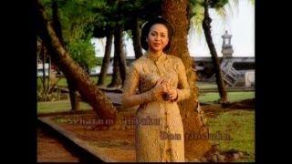 Kr Gemersik Batang Bambu - Sundari Soekotjo