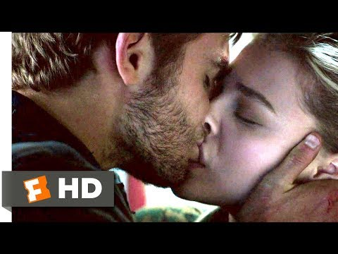 The 5th Wave (2016) - I Choose You Scene (9/10) | Movieclips