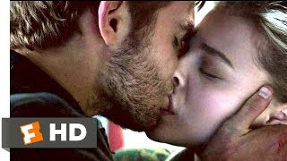Nonton The 5th Wave (2016) - I Choose You Scene (9/10) | Movieclips Film Subtitle Indonesia Streaming Movie Download