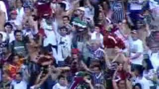 Marquinho abriu o placar para o Tricolor, mas Pereira igualou para o Coxa. Esse resultado mantém a equipe de Cuca na Série A e rebaixa o time paranaense.