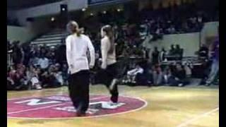 Girls BREAK DANCE Video