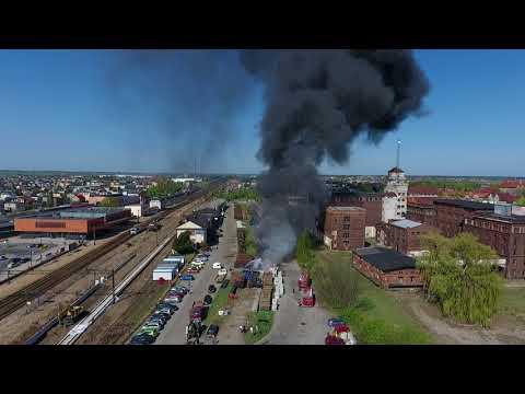 Wideo1: Pożar podkładów kolejowy w Lesznie - Foto Waza