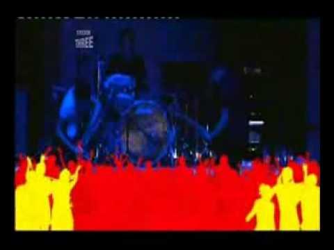 Tekst piosenki Muse - Forced In po polsku