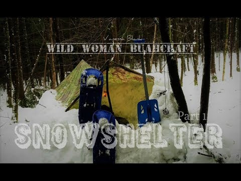 ❄️snowshelter - Winterbushcraft 🌨 It Gets Uncomfortable!  Wild Woman Bushcraft - Part 1