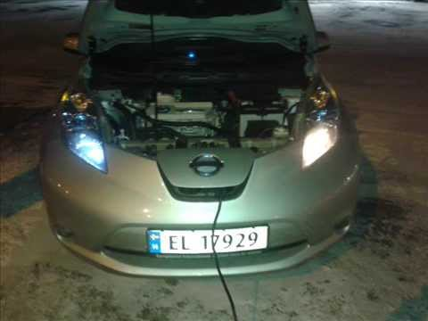 Nissan LEAF DIY: parking lights replacement /LED