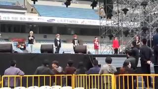Download Lagu Fancam 131101 EXO M   Lucky Rehearsal @ Nanjing Stars concert Mp3