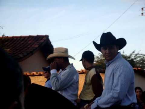 Desfile da Festa do Peao de Santa Rosa de Goias em 2011