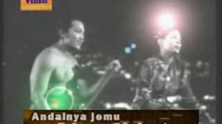 "Video ""ITU LAH SAYANG"" original P.Ramlee dari filem ""Anak Ku Sazali""(1956) edited & lyric by ZAHADA VIDEO MP3, 3GP, MP4, WEBM, AVI, FLV Juli 2018"