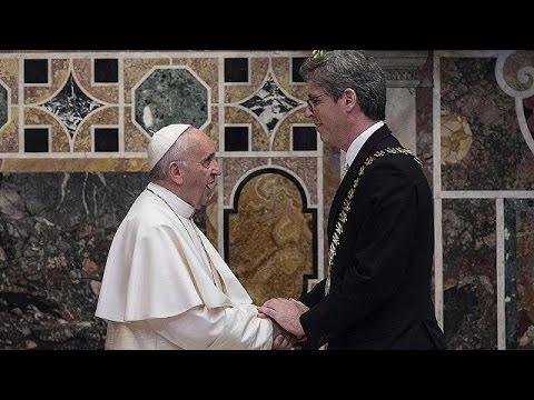Ο Πάπας Φραγκίσκος κατά του δυτικού οικονομικού μοντέλου