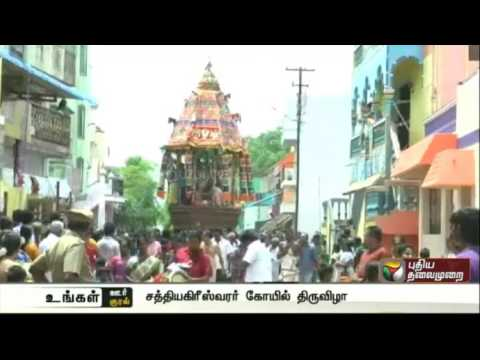 Thousands-witness-car-festival-at-Thirumayam-temple