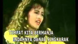Download lagu Lilis Karlina Pulanglah Uda Denai Menanti Mp3