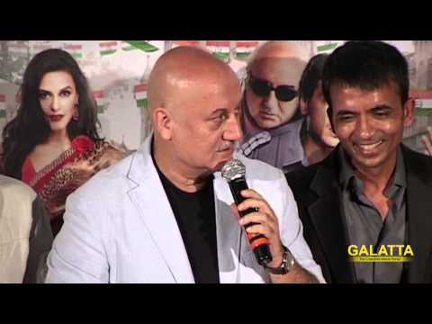 Shah-Rukh-Khan-launches-The-Trailer-of-Ekkees-Toppon-Ki-Salaami
