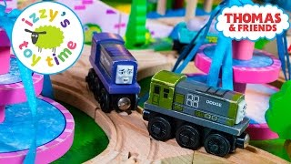 Thomas and Friends   Thomas Train Mystery Grab Bag with Splatter and Dodge! Toy Trains for Kids!