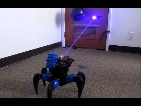 自製遙控雷射蜘蛛型機器人,超酷!
