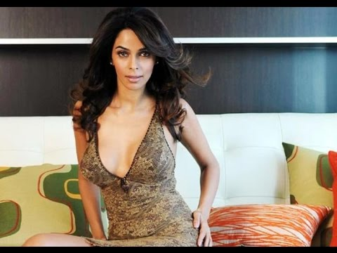 Mallika Sherawat Signs Another Hollywood Movie | Bollywood News