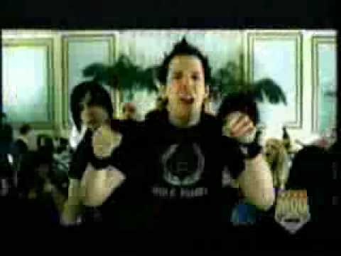 Simple Plan - Hit Me Baby One More Time...