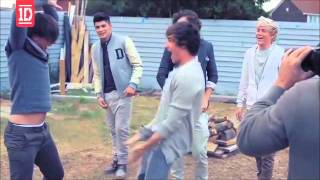 One Direction Mad Dance Moves !!