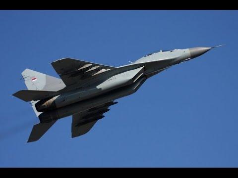 Preletanje ratnog vazduhoplovstva...