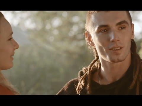 Kamil Bednarek - Chwile jak te feat. Staff tekst piosenki
