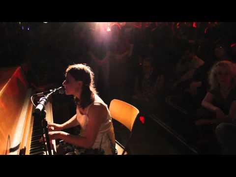 MONOTEKKTONI / TONIA REEH (Sinnbus) live @ BRITISH SHORTS, Schaubühne
