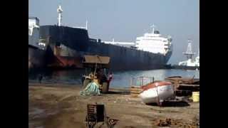 Video ship dismantling/ Canadian Prospector MP3, 3GP, MP4, WEBM, AVI, FLV Januari 2019