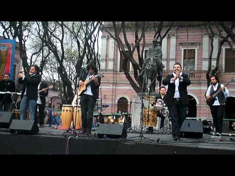 Video GUITARREROS  Y EL TEMA
