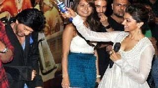 Deepika Padukone KICKS Shahrukh Khan's BUTT