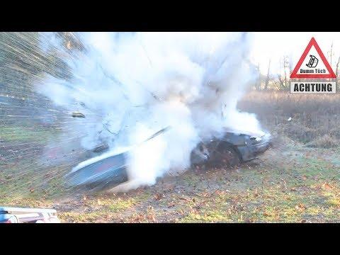 Auto explodiert   Dumm Tüch Silvesterspecial extrem