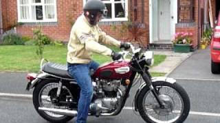 7. US spec 1968 Triumph Bonneville T120 - quick spin