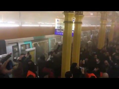 Συνεχίζονται οι απεργίες στη Γαλλία