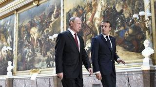 Video REPLAY - Emmanuel Macron et Vladimir Poutine au Château de Versailles MP3, 3GP, MP4, WEBM, AVI, FLV Mei 2017