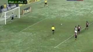 Gol do Jogo Fluminense 0 x Flamengo 1 (Leo Moura) - Jogo válido pelo Brasileirão 2008 Série A 4ª Rodada - Jogo Realizado em...