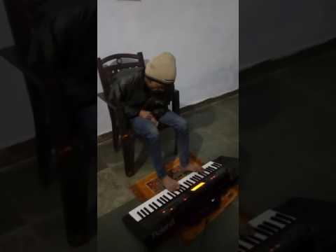 Video INDIA'S Amazing Keyboard Player Mr ANKIT  RAAZZZZ download in MP3, 3GP, MP4, WEBM, AVI, FLV January 2017