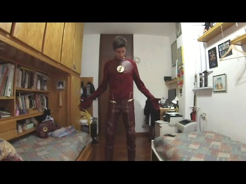 My CW The Flash Costume Suit ITA Review - The Flash Cosplay