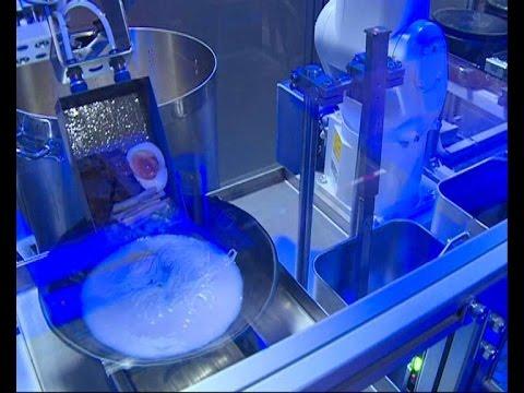 拉麵機器人在90秒內光速完成一碗美味拉麵, 失業率要大增了!