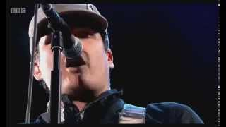 "Blink-182 - ""Dumpweed"" LIVE @ Reading 2014"
