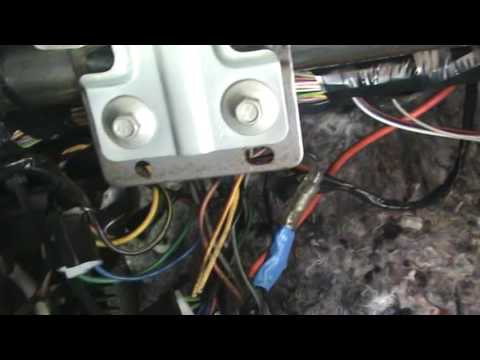Установка регистратора на форд фокус 3 фотка