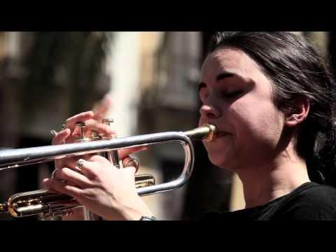 Như khúc Jazz ngày nắng... (Minor Swing) - Thời lượng: 4 phút, 53 giây.