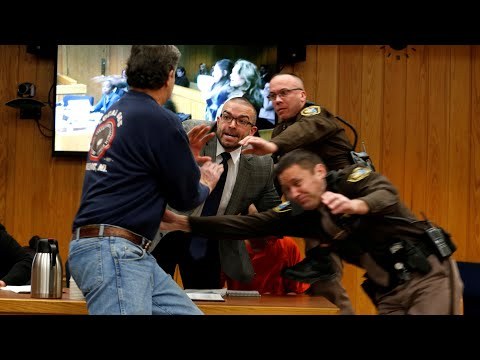 Larry Nassar: victim's father attempts attack in court (видео)