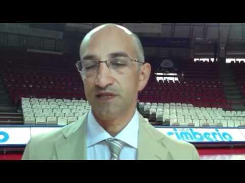 Basket: ecco Frank Vitucci