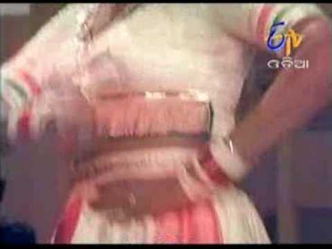 Video Chama Chama Hue Chudi Hate Mora Bhuli Huena Oriya song download in MP3, 3GP, MP4, WEBM, AVI, FLV January 2017