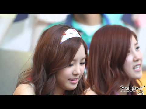 120603 Apink Fan Sign Event Naeun 손나은 Bgm High Up In The Sky