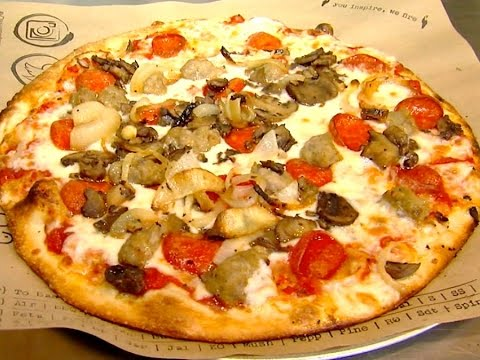 15 Crazy Pizza Facts