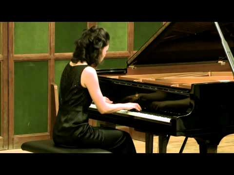 LISA YUI plays Domenico Scarlatti (1685-1757): Sonata in B Minor K27