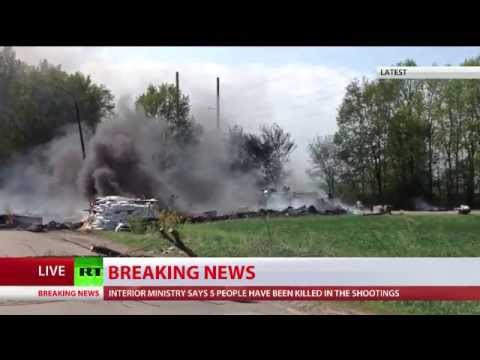 Army - Fighting has erupted just outside Slavyansk, a town in east Ukraine where population voiced their protest against Kiev authorities. Ukrainian troops on tanks and armored vehicles are trying...