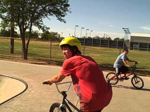 Amarillo Teen Attempts Back-Flip on his bike at Skate park