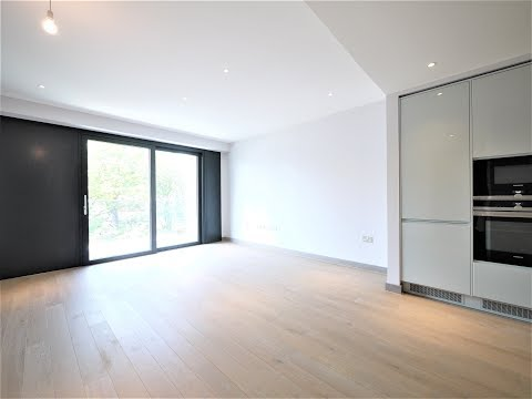 RentLondonFlat.com - 1 Bed Apartment with balcony - Drapers Yard, Ram Quarter, Wandsworth, SW18